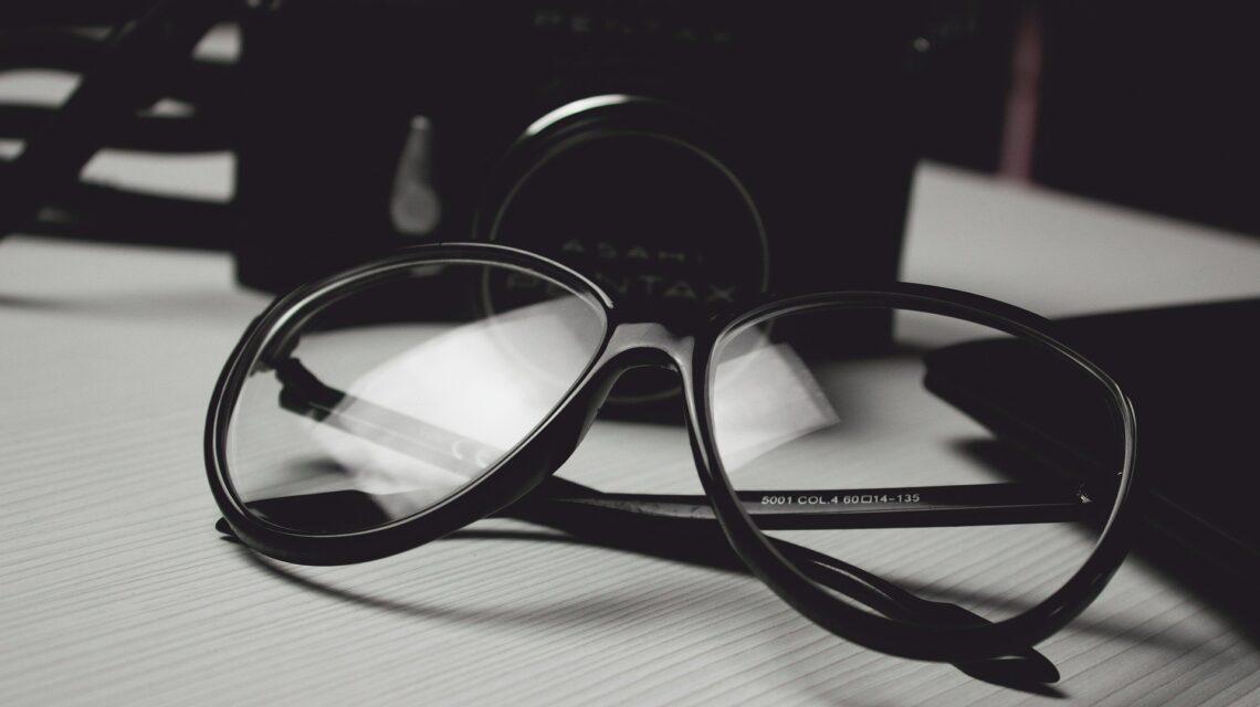 Zamawianie okularów przez internet - za i przeciw